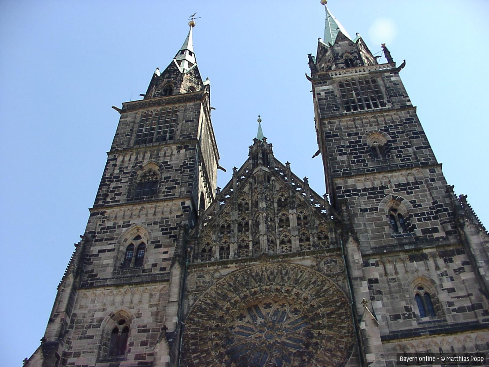 Das Stadtzentrum Zu Nürnberg Mit Fußgängerzone .
