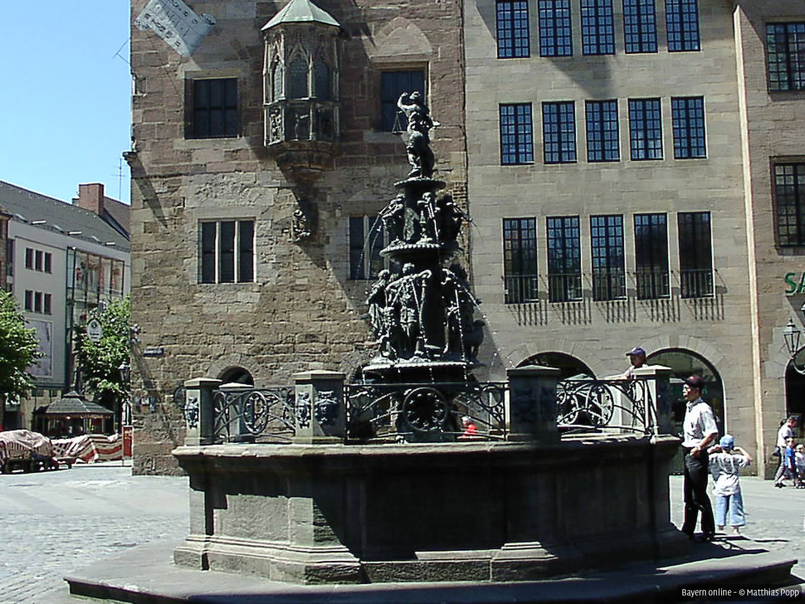 Tugendbrunnen | Tugendbrunnen in Nürnberg ...